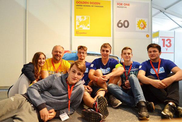 Tím z tvrdošínskej priemyslovky na medzinárodnej súťaži Shell Eco – Marathon.