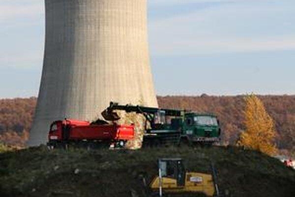 Ako jadrové elektrárne nakladajú s nebezpečným odpadom, sa od mája verejnosť nedozvie. Bude to tajné.