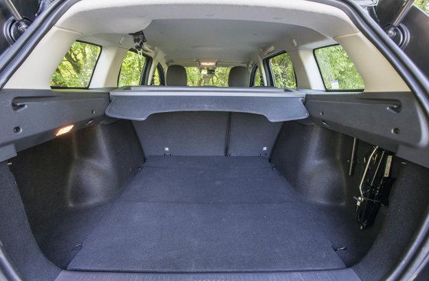 Logan MCV vyniká svojím vnútorným priestorom. Najmä objem kufra z neho robí praktické auto.