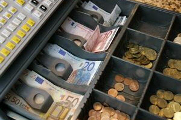 Verejná kasa príde pre krízu asi o desatinu svojich príjmov.
