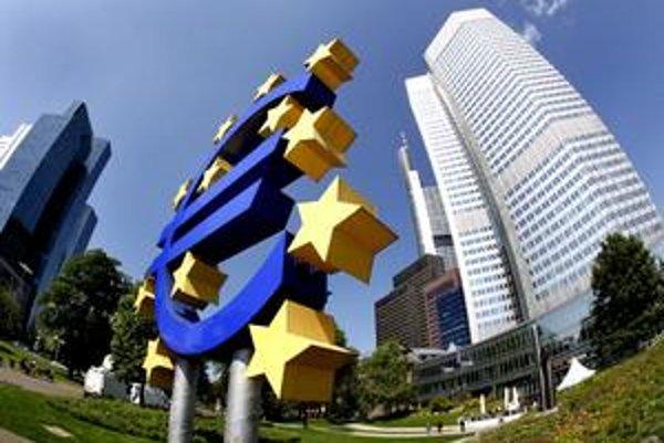K lacnejšiemu predaju eurobondov v porovnaní s Českom nám pomohlo najmä euro.
