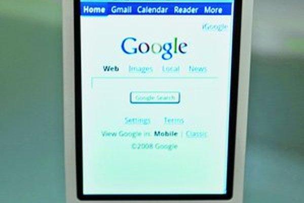 Telefón od Googlu má oveľa tradičnejší dizajn ako iPhone od Applu.