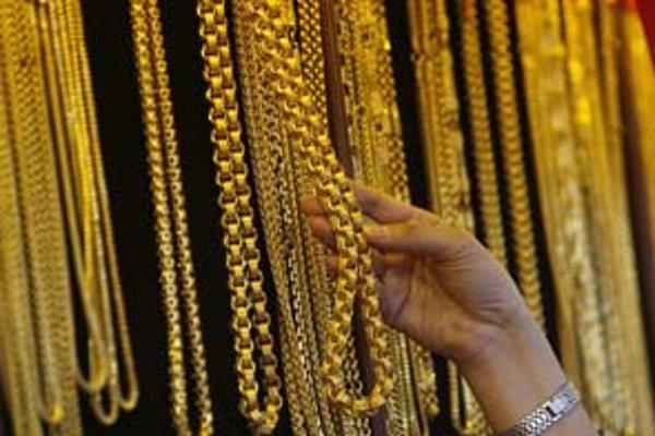 Trh so zlatom čaká nárast cien. Prvé sa zmenia ceny obrúčok. Postupne budú rásť aj ceny ostatných šperkov.