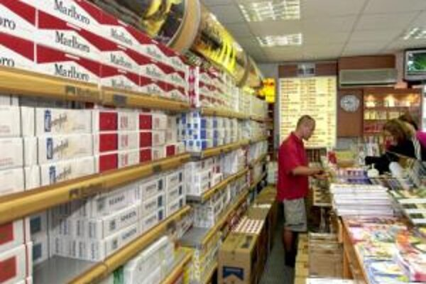 Parlament schválil zvýšenie spotrebnej dane o 40 halierov za jeden kus cigarety.
