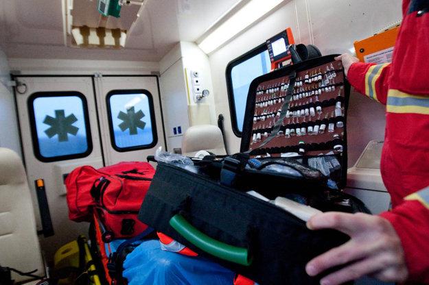 Prevoz sanitkou a ošetrenie zlomeniny sa pohybuje v desiatkach tisíc eur.