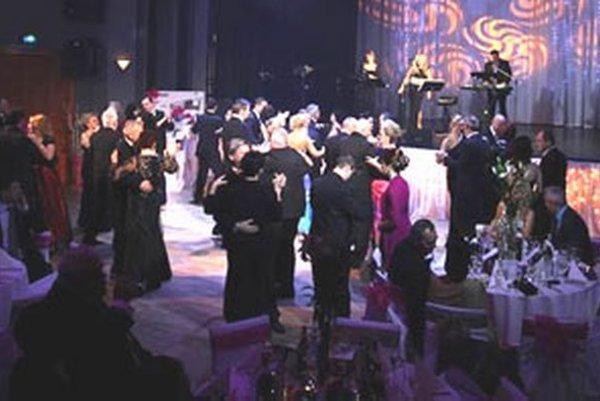 Na hornej Nitre sú plesy stále populárnejšie. Záujem bol tento rok aj o Prievidzský ples.