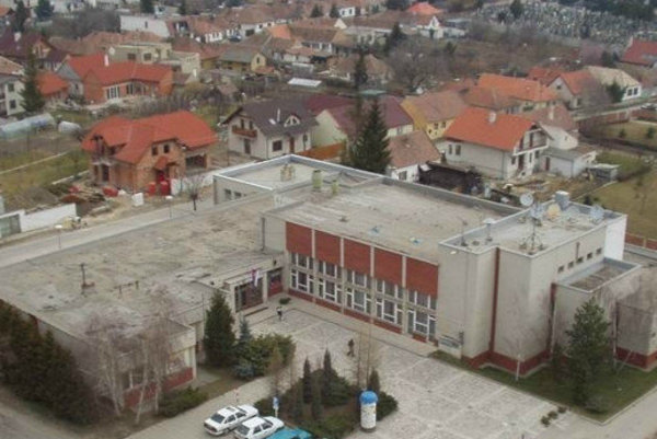 Centrum obce Cífer.