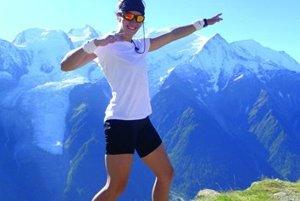 Môže byť niečo také krásne ako výstup na Mont Blanc? Vari len výhľad z kopca naproti...