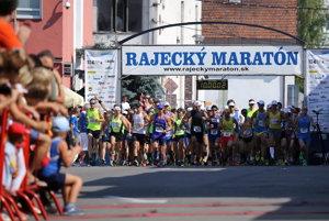Štart Rajeckého maratónu v roku 2015.