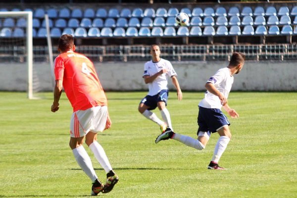 Jediný gól zápasu strelil obranca Marián Kolmokov po štandardke.