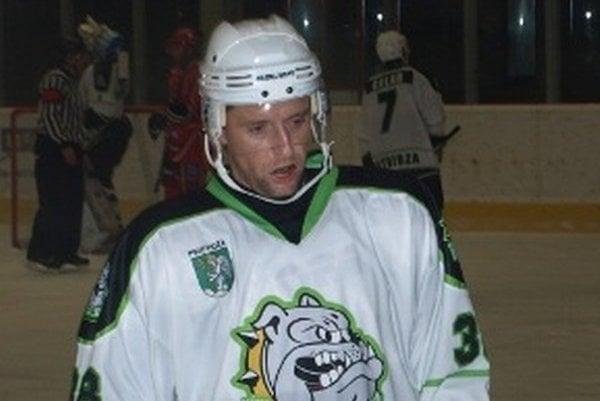 Hrdinom zápasu sa stal skúsený veterán Branislav Jánoš.