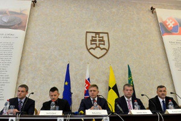 Vláda odprezentovala svoje uznesenia hneď po zasadnutí.