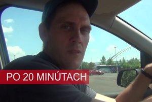 Vyskúšali sme, ako na pôsobí na človeka vysoká teplota v aute na parkovisko.