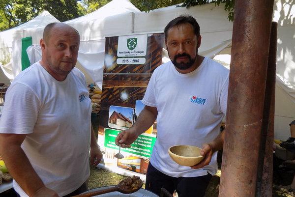 Na Bernolákovom námestí prebiehala súťaž vo varení guláša.