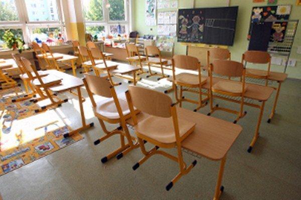 Cez prázdniny budú v škole vykonané opravy a údržba.