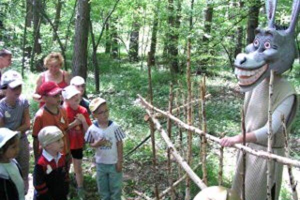 Rozprávkový les bude v Handlovej 1. júna a v Novákoch 2. júna.