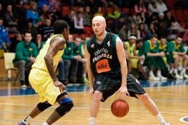 Basketbalisti Prievidze podľahli rozdielom triedy Leviciam.