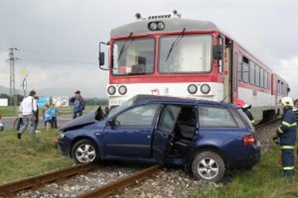 V minulom roku sa nehoda opäť stala aj na priecestí v Necpaloch.