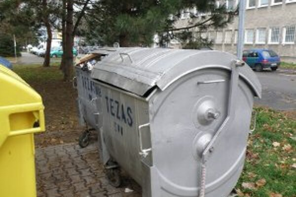 Za komunálny odpad obyvatelia Prievidze v roku 2013 nebudú platiť viac.