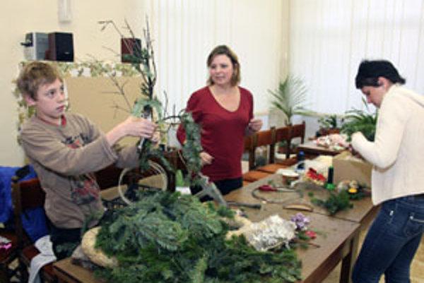 Deti aj dospelých učila tvoriť ikebany Darina Haragová