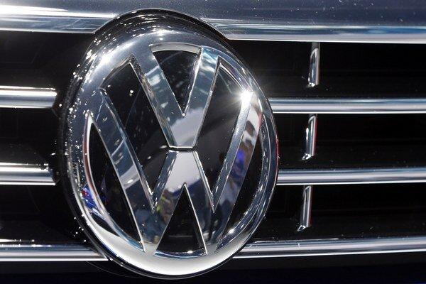 Automobilka si spôsobila problémy inštalovaním nelegálneho softvéru.