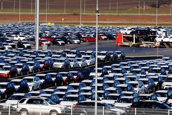 Slovenský export ťahajú automobilky.