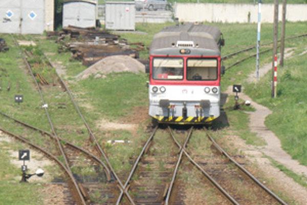 Osobné vlaky na trati Prievidza - Nitrianske Pravno opäť končia.