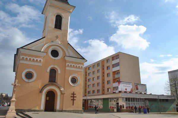 Dotácie. Časť znich dostane aj cirkev vSabinove.