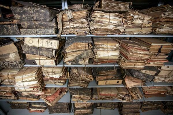 V archívoch sú tisícky dokumentov