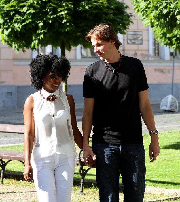 Daniela Laet Slovák so svojím manželom.