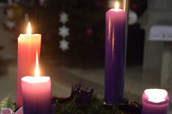 Dnes zapálime prvú sviečku.