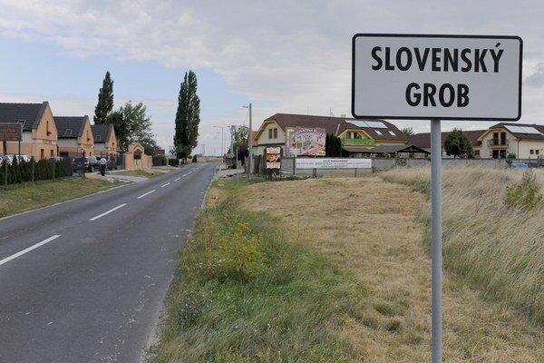 Slovenský Grob z dotácie dobuduje kanalizáciu.