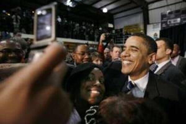 Barack Obama v sobotu zvíťazil v troch štátoch a jednom teritóriu.