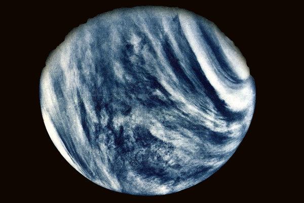 Prvý detailný záber Venuše urobila sonda Mariner 10 v roku 1974.