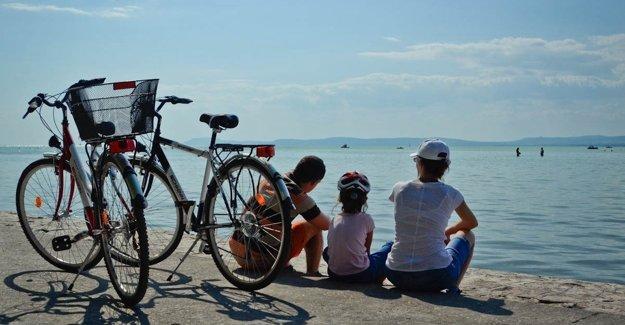 Cyklookruh okolo jazera Balaton má minimálne prevýšenie.