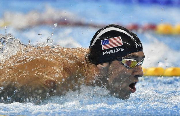 Michael Phelps je pri výpočte úspechov najlepším plavcom všetkých čias.
