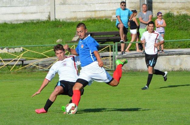 Momentka zo zápasu Radošina - Báb (0:2).