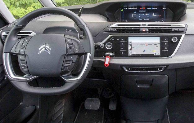 Francúzska automobilka už pred pár rokmi prišla s možnosťou prispôsobiť si displej vodičovým požiadavkám.
