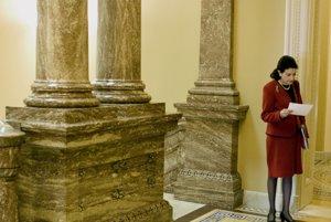 Republikánska senátorka Olympia Snoweová odišla z vrcholovej politiky. Tvrdí, že zanikol priestor na vytvorenie skutočných kompromisov a s ním odišla aj na nádej na skutočné riešenie a problémov.