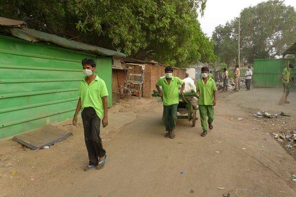 Indickí zberači odpadu.