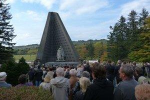 Pamätník na Dukle. Je národnou kultúrnou pamiatkou.