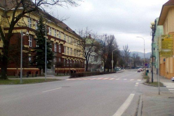Základná škola na Dončovej ulici je národnou kultúrnou pamiatkou.