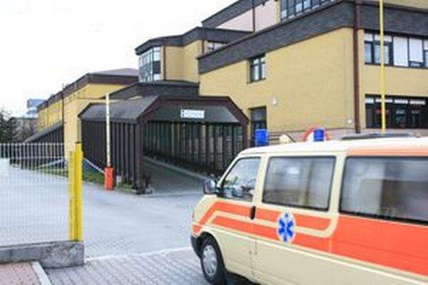 V liptovskomikulášskej nemocnici dnes bolo mimoriadne rušno.