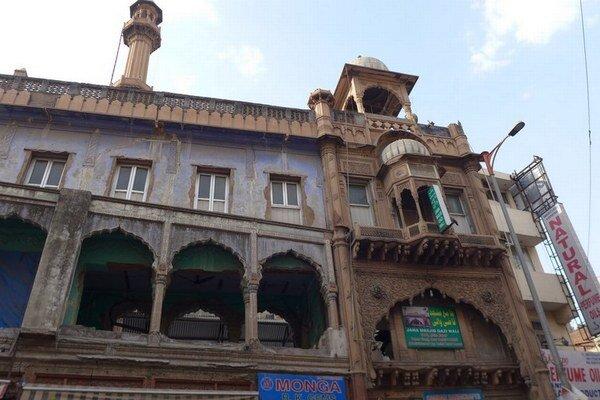 Mešita v hlavnom meste Dillí, ktoré spadá do druhej najrizikovejšej zóny, čo sa týka výskytu zemetrasení.