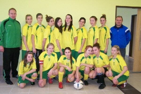Cieľom zverenkýň trénera Mariána Rybára bola najmä konfrontácia so špičkou dievčenského futbalu.