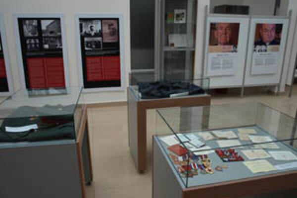 Výstava priblížila dejiny a fungovanie Štátnej bezpečnosti.