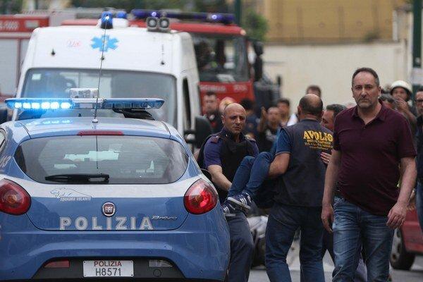 Streľba si vyžiadala štyroch mŕtvych a minimálne šesť ranených.