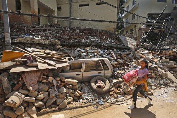 Už po aprílovom zemetrasení platí, že Nepál je v troskách.