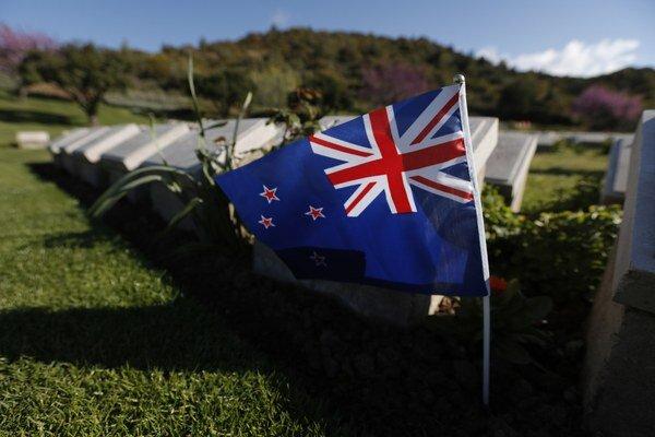 Súčasná podoba novozélandskej štátnej vlajky.