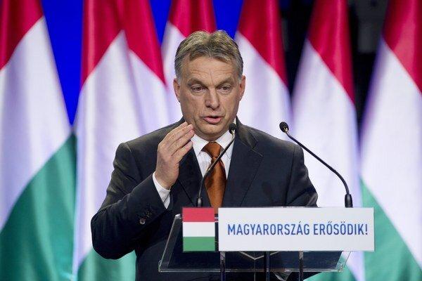 Podľa opozície má Orbánova vláda niesť zodpovednosť za najnovšiu brokerskú kauzu.